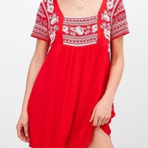 Urban Outfitters Embroidered Dress Short Sleeve M